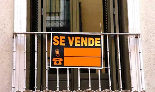 Cartel de Se Vende para vender casa en Madrid