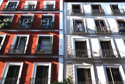Fachada pisos en Madrid