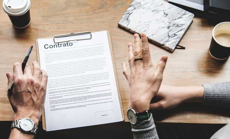 Alquiler de pisos en Madrid, firmando el contrato